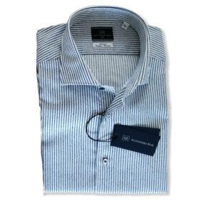 camicia-cotone-rigata-rilievo-blu-bianca-1-768x794